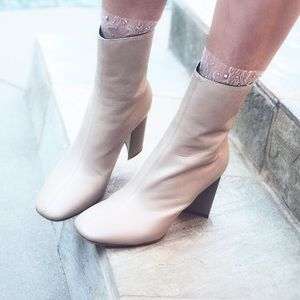 Accessories - Tulle Transparent Socks